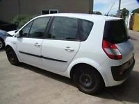 renault scenic 2005 white breaking for spares