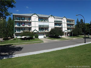 Adult oriented Condo for Sale 4614 47A Ave #305 Red Deer T4R 3R4