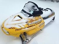 2001 Ski-Doo MXZ 700cc $2100 *END OF SEASON SALE!*