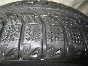 4 MICHELIN X-ICE 205/65R 15. London Ontario image 5