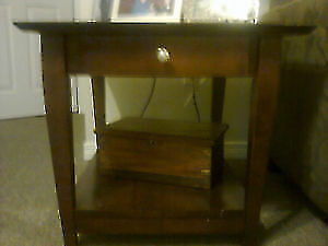 Coffee table and 2 side tables London Ontario image 2