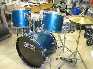 Barely used Network 5pc drum set