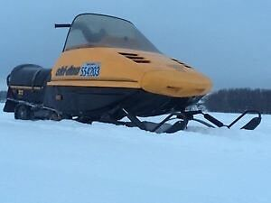 1986 ski doo Safari 377 For Parts