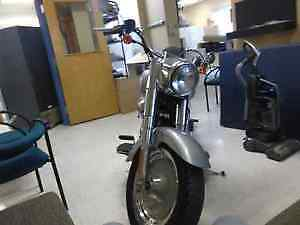 MINT HARLEY DAVIDSON LOW KMS FOR THE YEAR London Ontario image 3