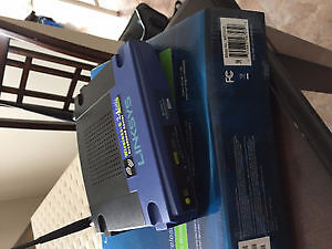 Routeur Linksys double antenne/ Linksys router double antenna