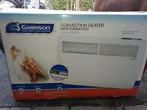 ^GARRISON PLUG-IN CONVECTION HEATER WITH THERMOSTAT^