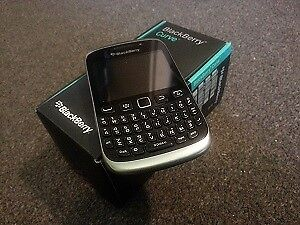 Blackberry Curve 9320 Unlocked Brand New in Box, WIND / Freedom
