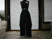 Elegant Black Gown - Tailor Made (NEW NEVER WORN) (Size 7)