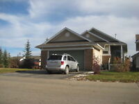COUNTRYSIDE SOUTH HOME 2BED/2BATH - HEATED GARAGE.