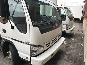 GMC W3500/W4500 2006 *TAKE BOTH FOR PRICE OF 1!*