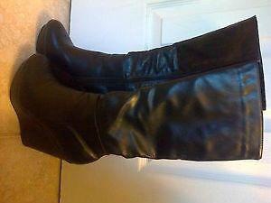 black platform high sexy boots size 8 Kitchener / Waterloo Kitchener Area image 3