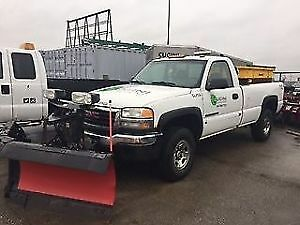 2003 GMC Sierra 2500 truck with salter and plow for sale