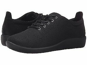 Clarks Women's CloudSteppers Lace-Up Shoe