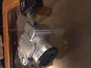 Panasonic DMC-FZ4 Camera