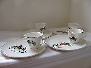 Salem 4 cups & 4 plates Collector, Ovenproof 23k. gold