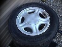 Hankook 205/65/15 tires and rims( new)