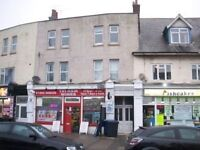 Second floor One Flat to rent close to Poole Hospital