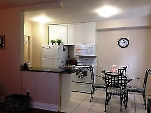 Mohawk/Upper Gage-2Bdrm Apt Quiet Clean Bldg-Avail Feb 1st