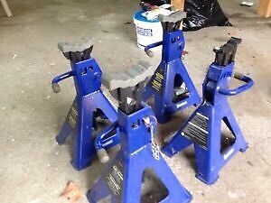 Set of 4 Michelin 3.5 ton jack stands