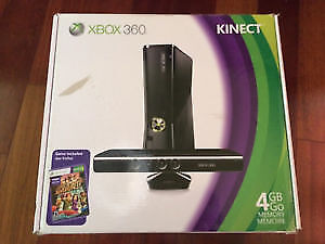 Xbox 360 Slim with 1 controller,1 media remote and 2 games