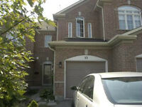 Townhouse 3 bdr/2.5bath –Yonge-Elgin Mills   Richmond Hill