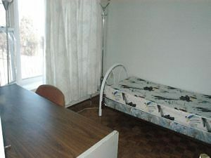 an appartment unit and rooms for long or short Holiday stay