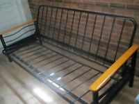 Base de futon en metal
