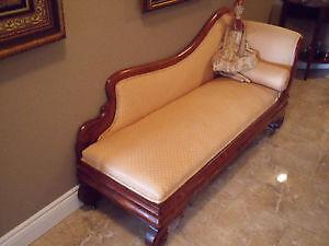 Shediac - Antique Chaise