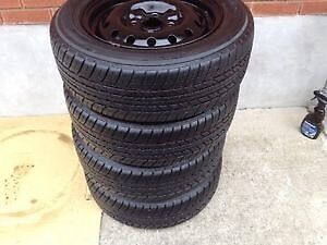 Winter tires new condition! Snow tire size P195/60R15 London Ontario image 1