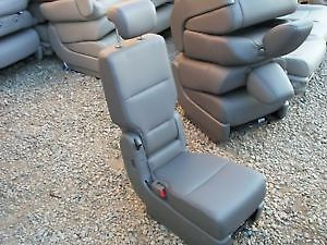 2010 Honda Odyssey - Jump Seat - Middle Seat Second Row