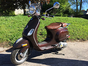Beautiful Italian Vespa Scooter - Priced to sell!
