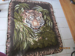 Tiger Fleece Print Blanket. BRAND NEW