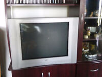 36 INCH JVC FLAT SCREEN TV AND STAND ONLY $65