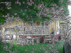 Chalet qui a besoin d'amour et maison rustique à la campagne