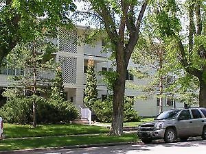 Large 2 bdrm, Prime Southside , Utilities included!