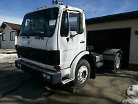 Mercedes LPS 1525 Cab over Single axle Tractor Semi