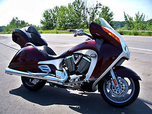 2008 Victory Vision premium only 26000km