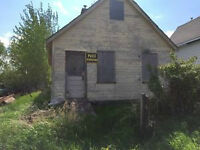 REDUCED PRICE! investment property or flip! great storage!