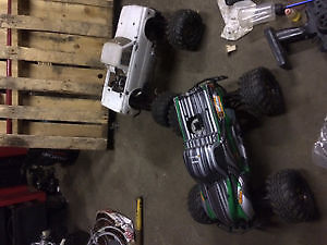 2 Hpi savage x 4.6 big block rc car