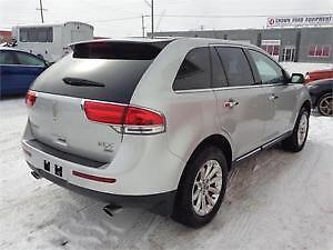 FOR SALE: 2011 Lincoln SUV