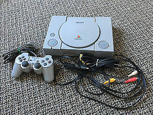 Console PS1 Playstation + fils, manette et carte memoire