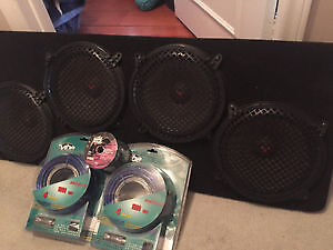 Cerwin Vega SUBWOOFERS - 4 x 10 Inch  - Brand new Cables