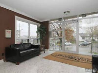 **MODERN CONDO APARTMENT -NEAR SCHOOLS HWY MALL