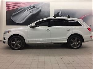 Looking for a White Audi Q7