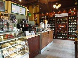 "AUCTION ! ( Like New) "" Golden"" Coffee/ Restaurant LIVE Aug 15"