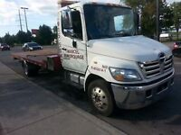TOWING DEPANNEUSE REMORQUEUSE HINO 185