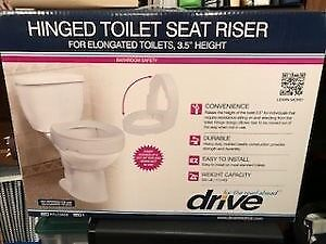 Hinged Riser for Toilet Seat