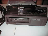RADIO D'AUTO KENWOOD RADIO ET COMPACT DISQUE PLAYER