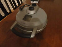 Breville BREBPZ600XL The Crispy Crust Pizza Maker