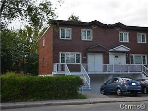 LARGE HOUSE FOR SALE IN LASALLE GREAT PRICE !!!!